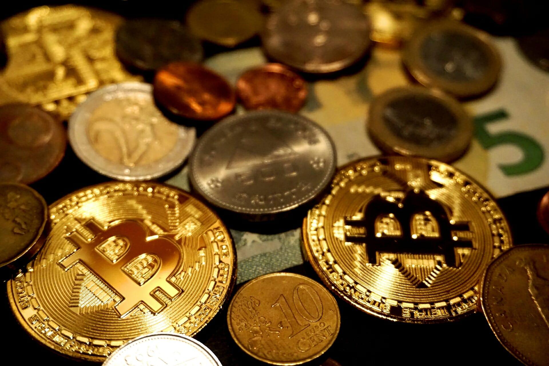 話題の仮想通貨と為替との関係は?!